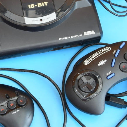 Vintage 1990s Mega Drive Console - Multiplayer .