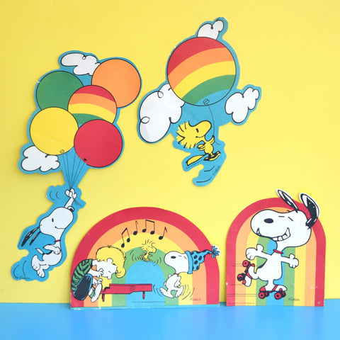 Vintage 1960s Snoopy Paper Wall Art - Rainbows