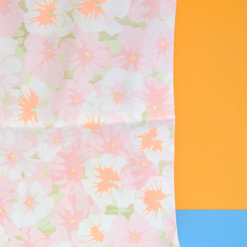 Vintage 1960s Pillow Case Pair - Flower Power - Pale Pink