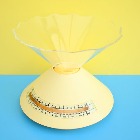 Vintage Guzzini Kitchen Scales - Dolly- Pale Lemon Yellow