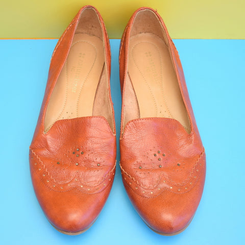 Vintage Leather 1970s Brogue Shoes - Modern Size 6 - Rusty Brown