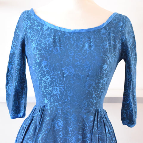 Vintage 1950s Pretty Satin Fit & Flare Dress With Underskirt - Blue Roses sz 10-12