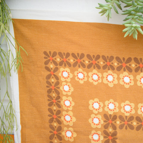Vintage 1970s Tablecloth - Flower Power - Orange / Brown