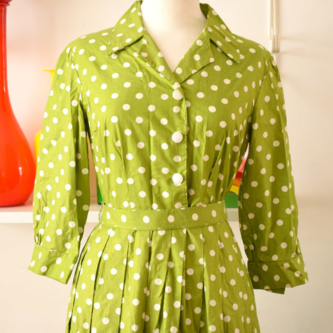 Vintage 1950s Fit & Flare Shirt Dress - Size 12 - Spring Green & White Polka Dot