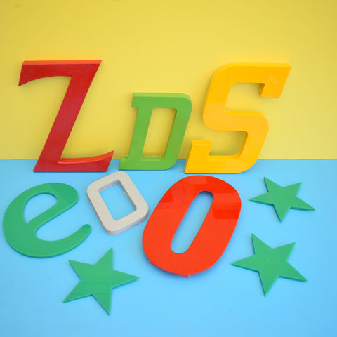 Vintage Letters - Plastic, Wood, Or Metal - Various Sizes / Colours