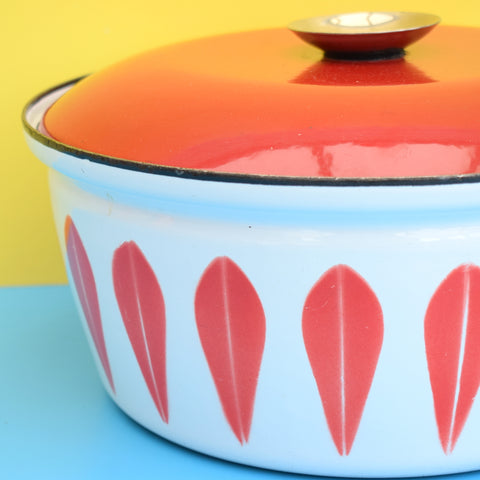 Vintage 1960s Huge Enamel Casserole / Dutch Oven - Cathrineholm of Norway - Red & White