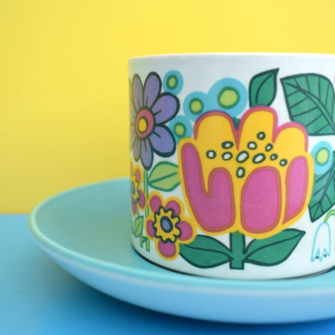 Vintage 1960s Kitsch J & G Meakin Garden Party Tea Cup & Saucer - Flower Power