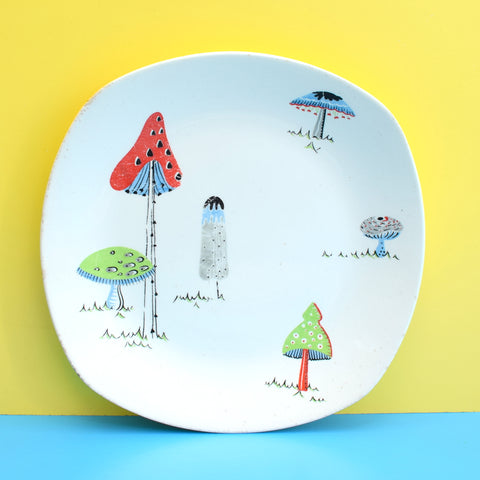Vintage 1950s Kitsch Midwinter Toadstools China Plate - Jessie Tait