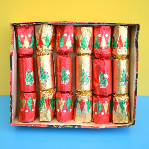 Vintage 1970s Crackers - Christmas Table Decorations - Red & Gold (Boxed)