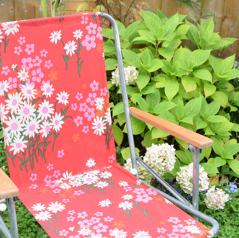 Vintage 1960s Folding Garden Chair - Flower Power - Pink