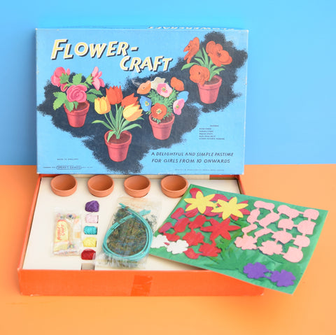 Vintage 1960s Spears - Flower Craft Hobby Kit - Flower Power