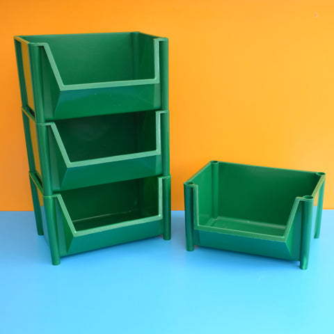 Vintage 1970s Plastic Storage / Vegetable Rack - Green