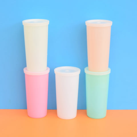 Vintage 1960s Plastic Tupperware Lidded Beakers - Pastel Shades x5