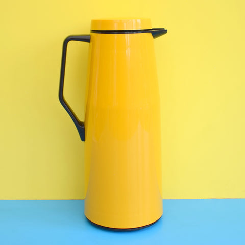 Vintage 1970s Thermos Jug - Soup / Mulled Wine - Mustard Yellow