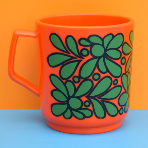 Vintage 1970s Plastic Cups / Mugs - Orange x2