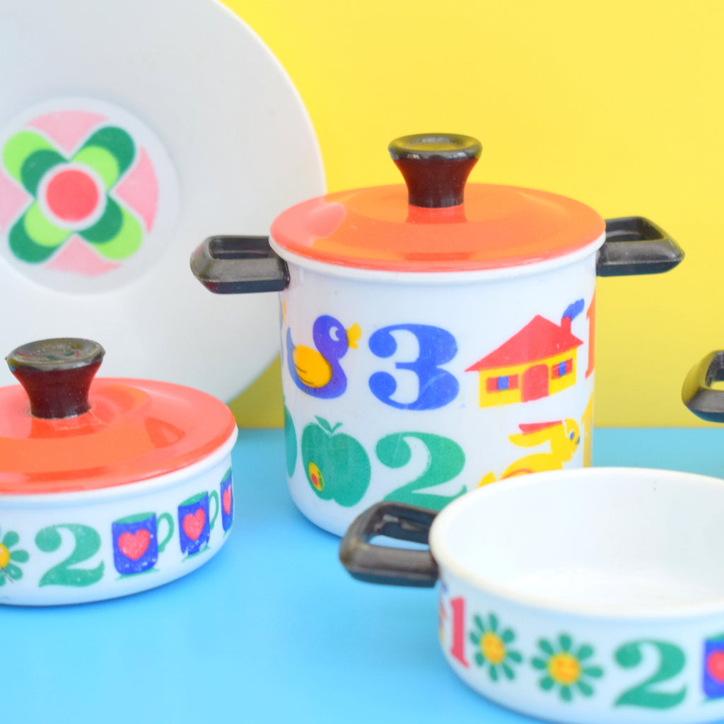 Magnificent Vintage 1960S 1970S Toy Dolls Kitchen Accessories Food Packaging Boxes Pans Home Interior And Landscaping Staixmapetitesourisinfo