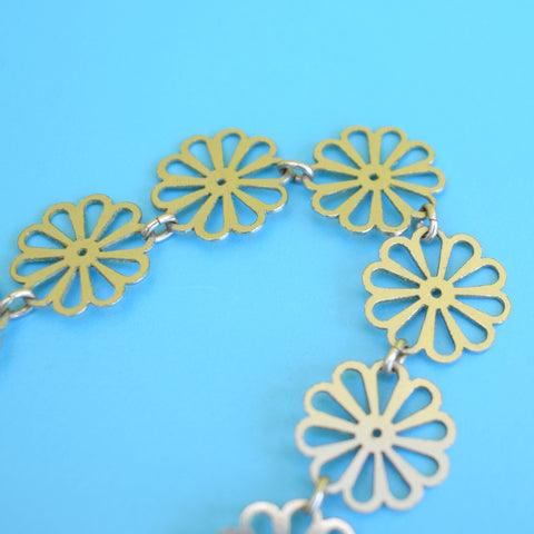 Vintage 1970s Stainless Steel Daisy Necklace - Flower Power