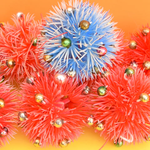 Vintage 1960s Plastic Spiked Christmas Baubles / Decorations Blue & Red x4