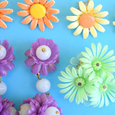 Vintage 1970s Enamel / Plastic Earrings - Flower Designs - Various Colours
