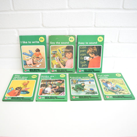 Vintage Ladybird Books - Green Key Word Reading Scheme
