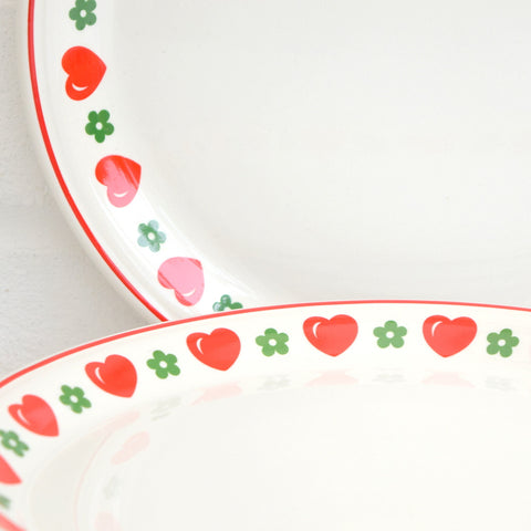 6 Vintage 1970s Barratts China Hearts & Flowers Small Dinner Plates, Red & Green