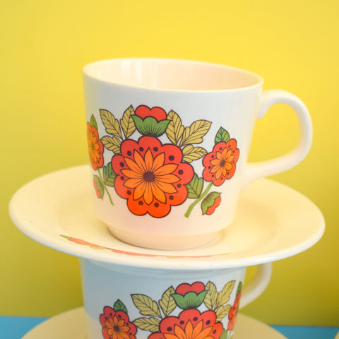 Vintage 1960s Flower Power - Romanian China Cup & Saucers - Orange x4