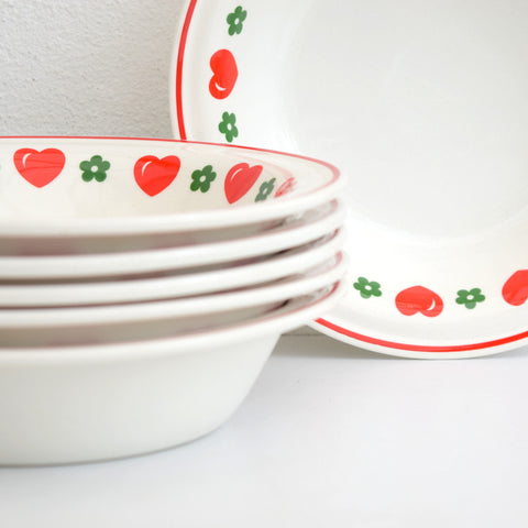 6 Vintage 1970s Barratts China Hearts & Flowers Bowls, Red & Green