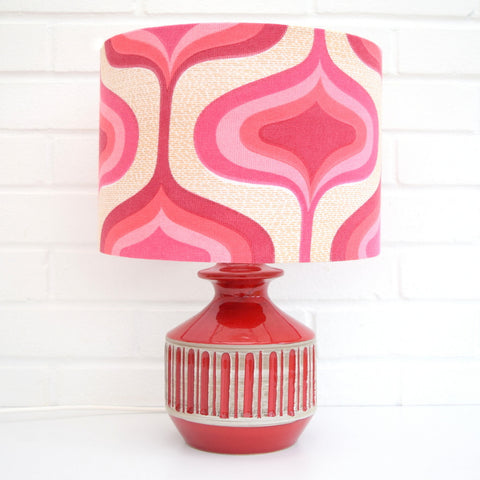 Vintage 1960s Ceramic Italian Lamp & Shade - Red / Pink