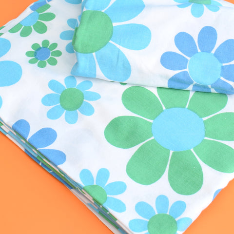 Vintage 1960s Sheet - Bold Flower Power - Blue & Green