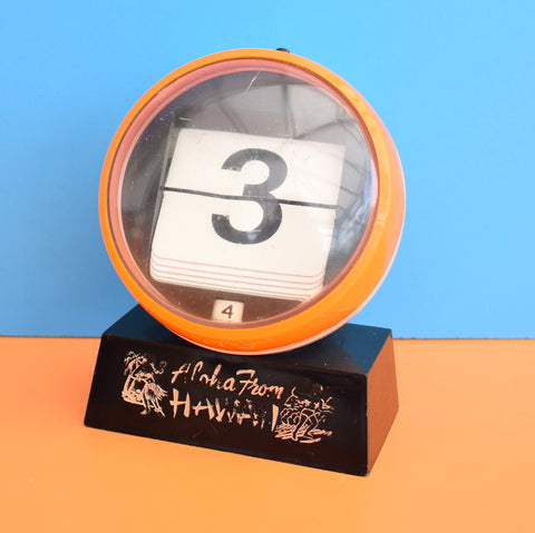 Vintage 1960s Flip Over Plastic Desk Calendar - Hawaii - Orange