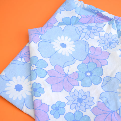 Vintage 1960s Pillow Cases - Flower Power Cotton - Blue & Purple