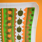 Vintage 1960s Tea Towel & Matching Oven Glove Set - Apple Print