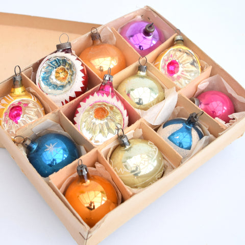 vintage boxed concave 1960s glass christmas baubles decorations