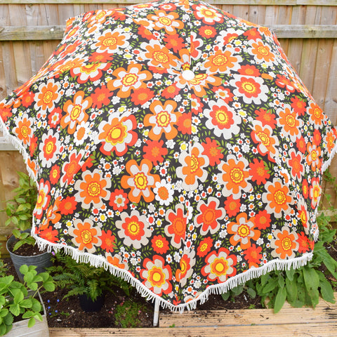 Vintage 1960s Large Folding Garden Parasol - Flower Power - Orange & Brown With Fringe