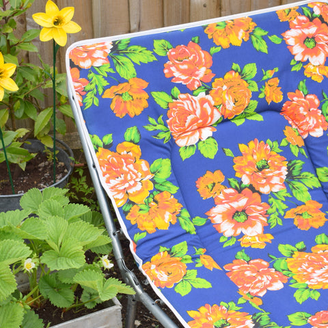 Vintage 1970s Garden Sun Lounger - Blue & Orange Rose Print