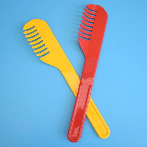 Vintage 1980s Kitchen Utensils / Salad Servers - Plastic- Guzzini
