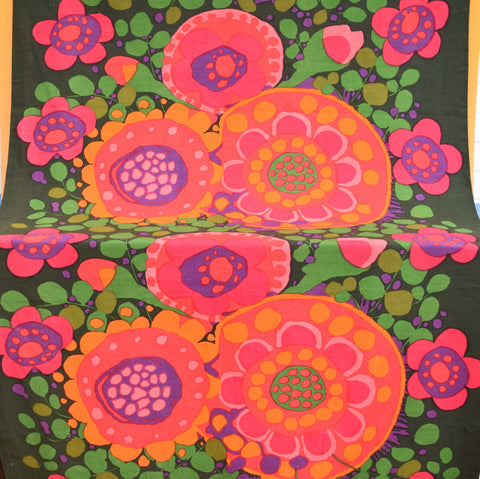 Vintage 1960s Fabric - Ekero by Saini Salonen - Boras, Sweden, Pink & Orange