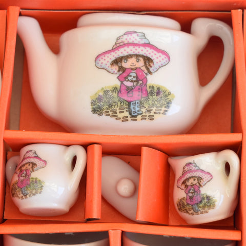 Vintage 1970s Kitsch Dolls China Tea Set - Little Girl