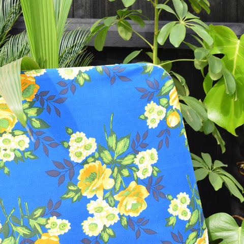 Vintage 1970s Garden Sun Lounger - Blue & Yellow Rose Print