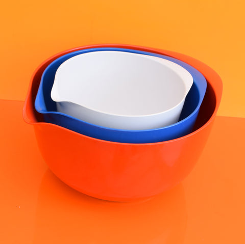 Vintage 1970s Rosti Melamine Plastic Mixing Bowl Set - Red, Blue & White