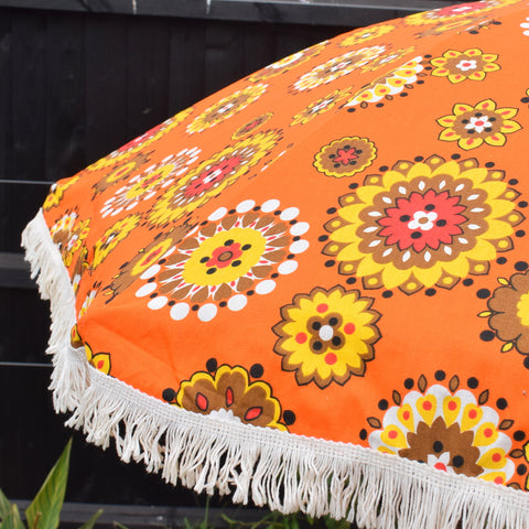 Vintage 1960s Amazing Folding Garden Parasol - Flower Power - Orange & Brown - Original Bag
