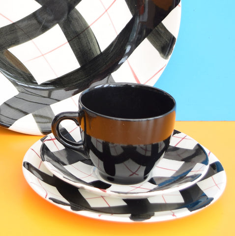 Vintage 1960s Empire Porcelain Tea Set - Harlequin Pattern - Black, Red & White