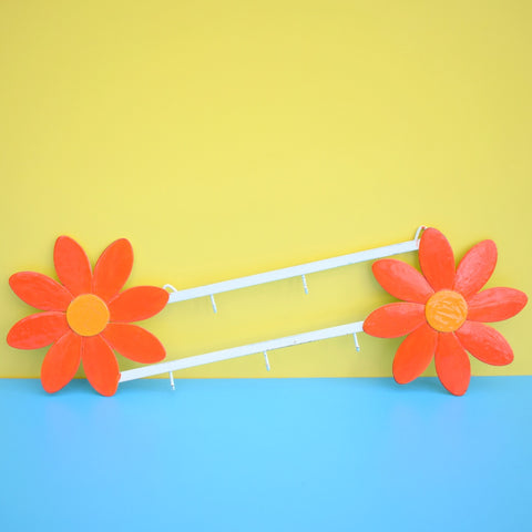 Vintage Kitsch Metal Flower Power Daisy Hooks - French - Yellow, Orange