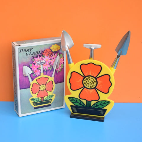 Vintage 1960s Indoor Home Gardening Set - Flower Power - Yellow