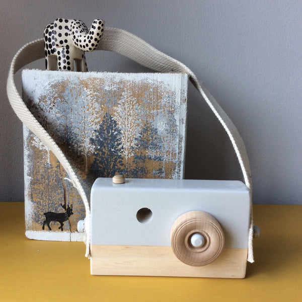 Oh.Eight Grey Wooden Camera