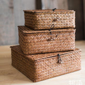Rustic Natural Small Lidded Straw Basket in Brown (Set of 3)