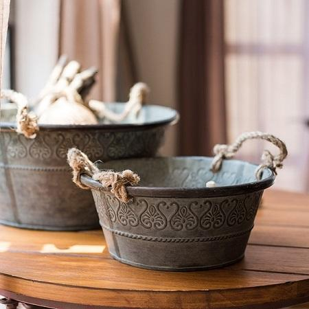 Rustic Antique Flower Pattern Iron Tub with Rope Handles (Set of 3)
