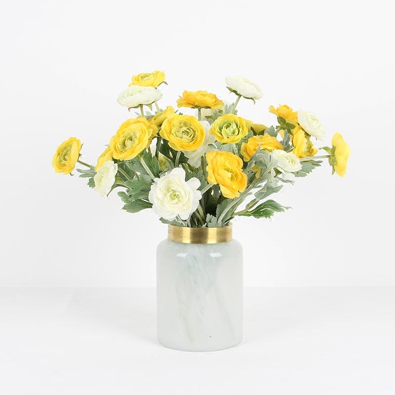 "Silk 3 Bloom Buttercup Stem in Yellow and White 19"" Tall - G Home Collection"