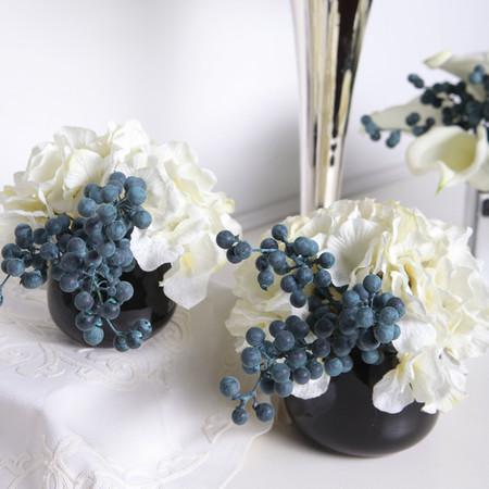 White Hydrangea and Berry in Black Vase (Set of 2) - G Home Collection