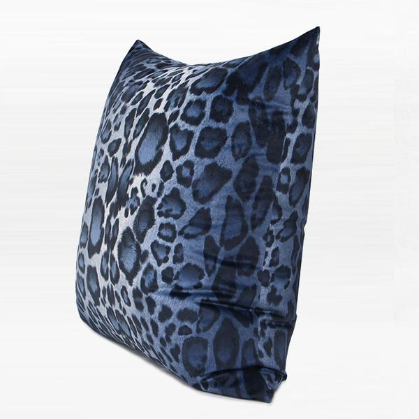 "Blue Leopard Pattern Digital Printing Flennel Pillow 18""X18"" - G Home Collection"